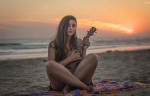Lisa De Novo on the beach