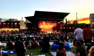 outdoor concert at Charlotte Metro Credit Union Amphitheatre